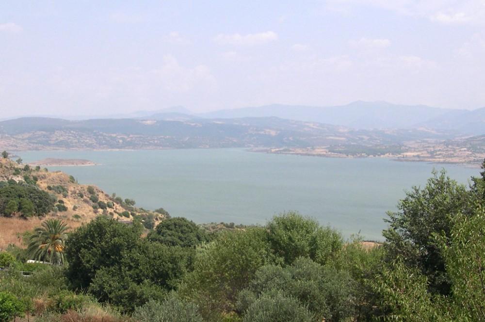 Veduta del Lago Omodeo